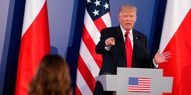 Trump croit que la Russie et d'autres pays se sont mêlés des élections aux