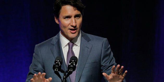 Justin Trudeau presse les gouverneurs américains de maintenir une solide relation avec le