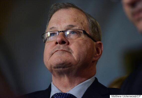 Lait diafiltré : le ministre fédéral de l'Agriculture ne peut pas promettre un échéancier