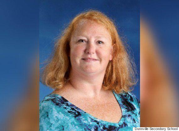 Jennifer Green-Johnson, une enseignante de l'Ontario, aurait dit «lèche-moi là où je pète» à un