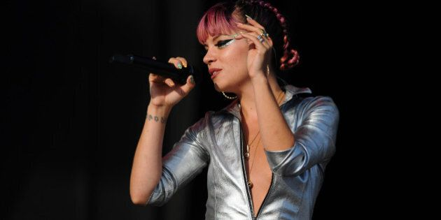 CHELMSFORD, ENGLAND - AUGUST 17:  Lily Allen performs on Day 2 of the V Festival at Hylands Park on August 17, 2014 in Chelmsford, England.  (Photo by Stuart C. Wilson/Getty Images)