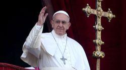 Noël: le pape réclame la fin de la guerre en
