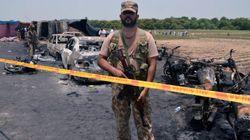 Un camion de carburant s'enflamme au Pakistan, au moins 139