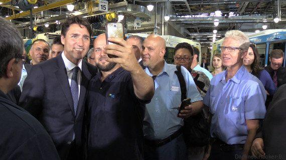 Voyez les dessous d'une conférence de presse à la «sauce Trudeau»