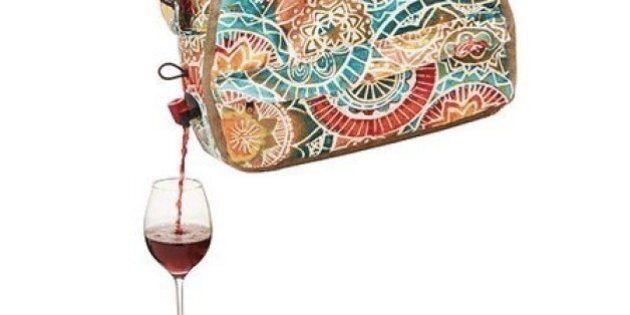 Un sac à main verseur de vin pour boire en toute
