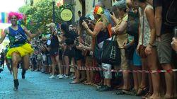 À la Fierté gaie de Madrid, les hommes font la course en talons