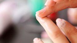 Trucs et astuces pour retirer son vernis à ongles