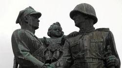 La Pologne va retirer des monuments de l'Armée