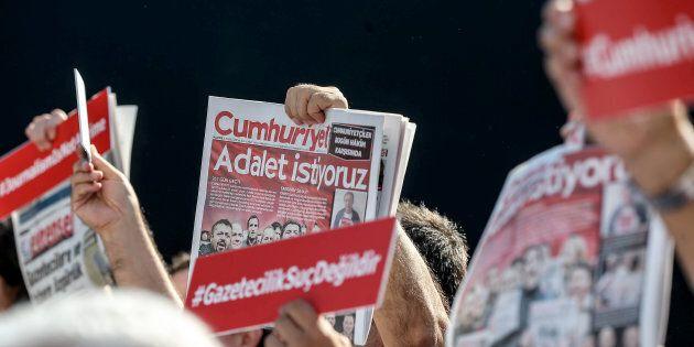 Début du procès de journalistes du quotidien d'opposition Cumhuriyet en