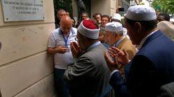 Tournée des imams: une halte au Bataclan pour un hommage aux victimes des