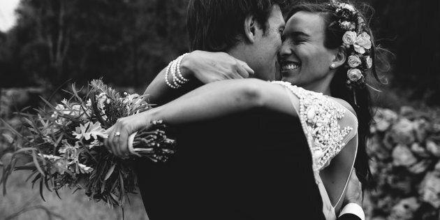 On ne peut pas se défaire du contrat de mariage et du régime matrimonial même si l'on divorce à l'extérieur...