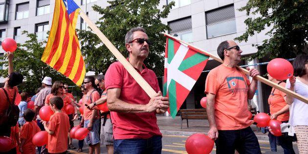 Le 10 juin dernier, plusieurs milliers de personnes se sont réunies dans les rues de la capitale économique...