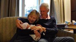 Les premières photos du petit-fils d'Hillary