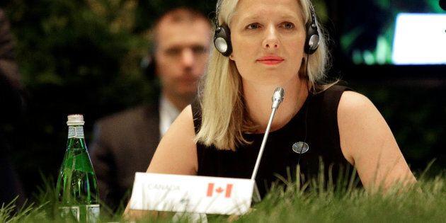 Accès fréquent au chef de cabinet d'une ministre : le NPD et Democracy Watch demandent une