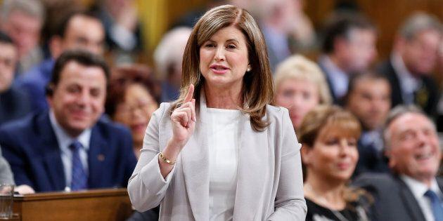 L'ex-chef conservatrice Rona Ambrose conseillera les libéraux sur