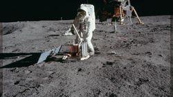 A vendre: sachet d'Apollo 11 ayant contenu des bouts de