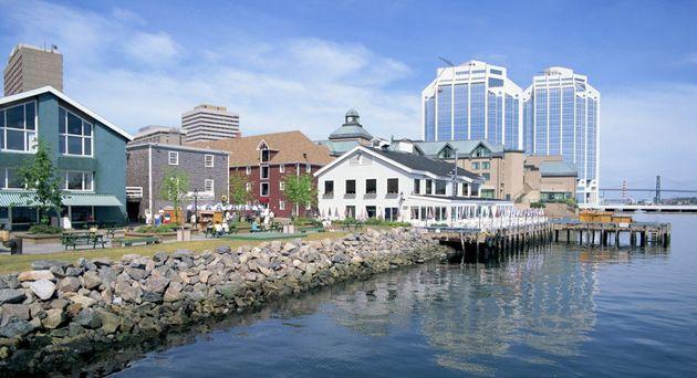 4 villes canadiennes où le marché immobilier est en chute