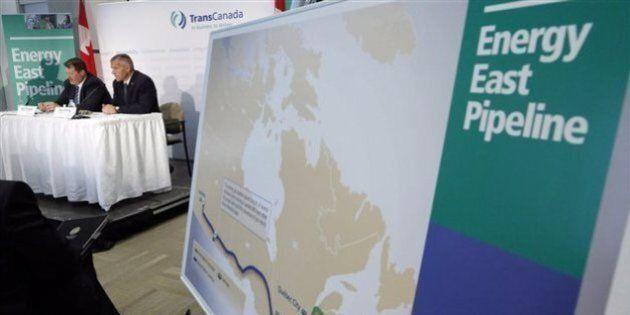 Le Bloc dépose 25 000 signatures de citoyens s'opposant à Énergie
