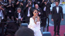 Rihanna: son look sexy enflamme la