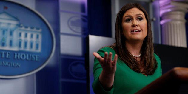 La porte-parole de Donald Trump, Sarah Huckabee Sanders, apprend pourquoi il ne faut jamais porter du...