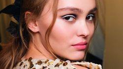 Lily-Rose Depp magnifique pour la collection Métiers d'Arts de Chanel