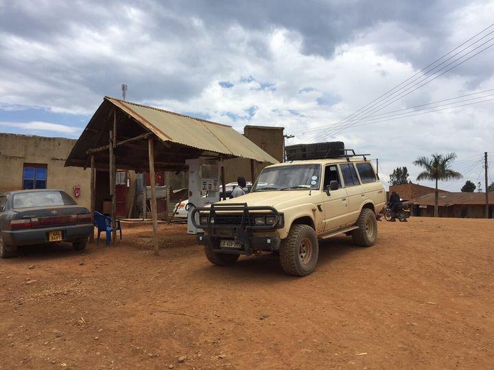 Station d'essence en Uganda