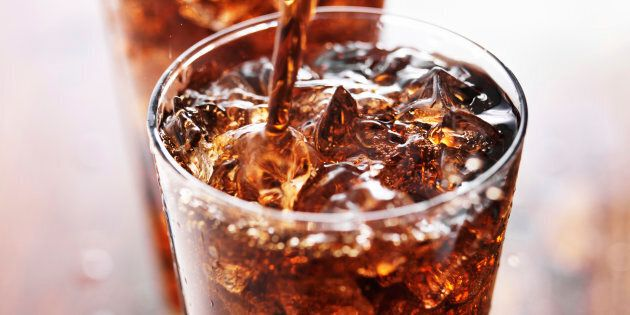 Si vous appréciez votre agent de bord, ne commandez pas de Coke