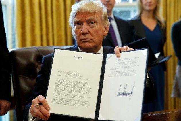 Le président américain Donald Trump a signé en janvier un décret pour faire avancer la construction de...