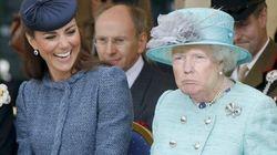 10 photos retouchées entre Trump et la reine qui doivent impérativement être