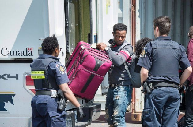 Demandes d'asile : faut pas virer