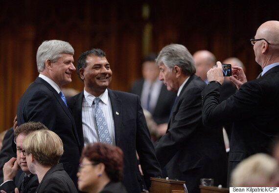 États-Unis : Stephen Harper donne des conseils aux riches donateurs républicains pour unir les « partis...