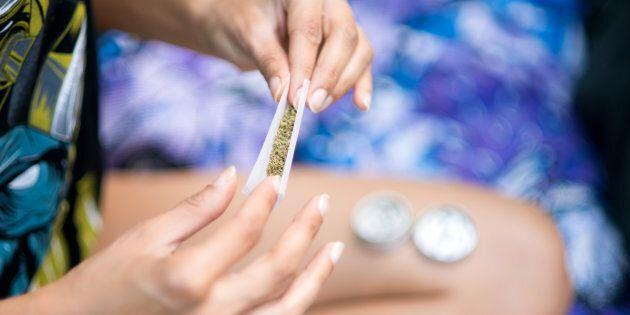 Les consultations publiques sur l'encadrement du cannabis au Québec ont