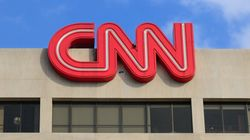 CNN renvoie un de ses commentateurs qui a publié un salut nazi sur