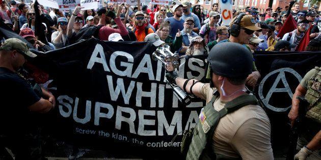 Plutôt que de regarder les manifestations, je reste pour ma part impressionné par les décisions courageuses...