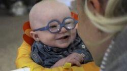 Ce bébé qui voit sa mère pour la première fois va vous faire fondre