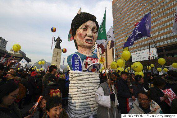 Corée du Sud: manifestation massive contre la présidente accusée de trafic