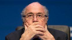 FIFA: Blatter et deux ex-lieutenants ont partagé 80 millions de dollars sur 5