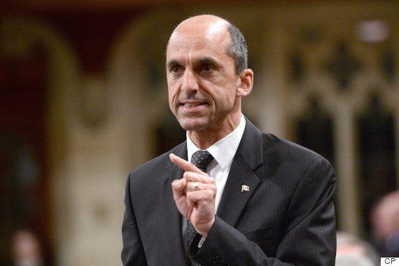 Gestion de l'offre : le ministre Paradis surpris de la position de Maxime Bernier
