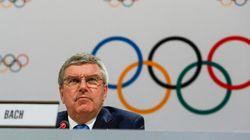 Le président du CIO à Rio pour surveiller les travaux des
