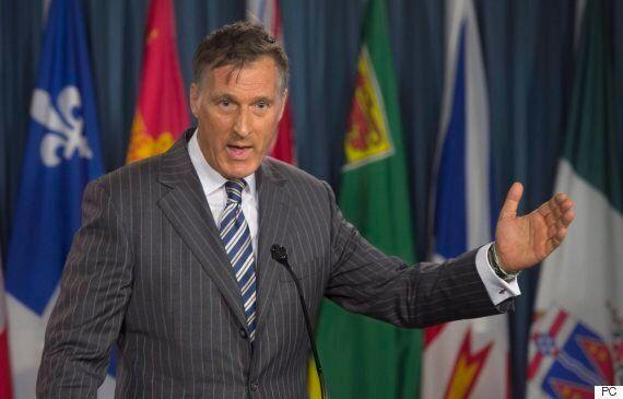 Agriculture : Maxime Bernier s'en prend au «cartel légal» de la gestion de