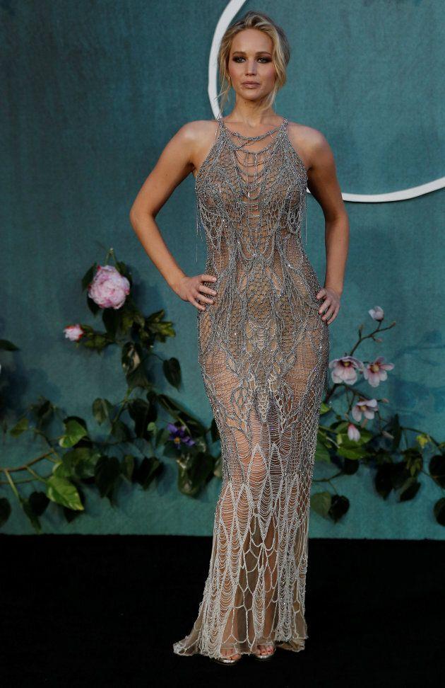Magnifique Jennifer Lawrence dans cette robe tout en