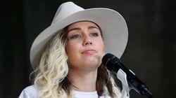 Miley Cyrus pose nue en couverture du livre d'un prestigieux