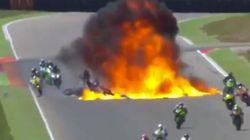 Spectaculaire accident lors d'un grand prix de moto