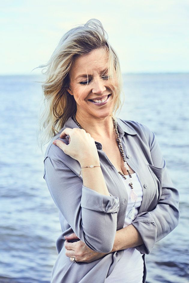 Julie Bélanger X Si Simple: une jolie ligne de bijoux pour la bonne