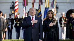 Trump observe une minute de silence à la Maison Blanche pour le 11
