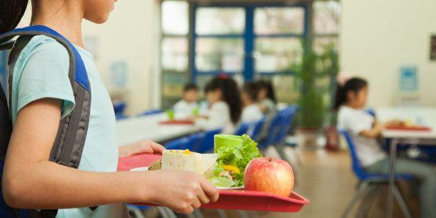 La meilleure chose à faire consiste à instiller aux enfants de saines habitudes alimentaires plutôt que...