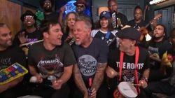 Metallica joue «Enter Sandman» avec des instruments pour