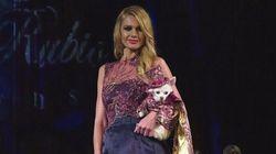 Fashion Week de New York : des chiens et de la féminité