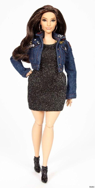 Ashley Graham a droit à une Barbie à son image, avec des