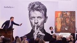 Des pièces de la collection de David Bowie livrées au plus